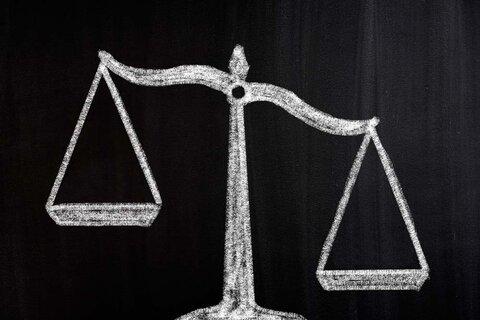 weighing-price-against-earnings