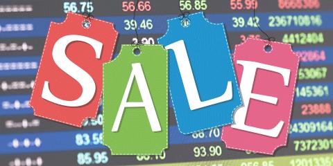 Grab top stocks quoting at a discount
