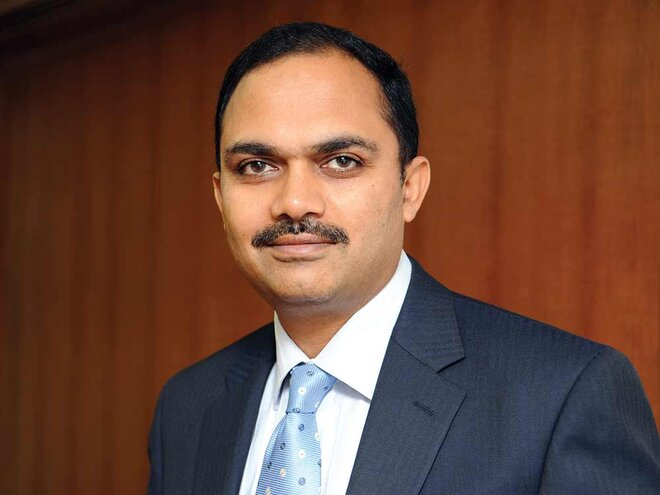 Going against the tide! Will Prashant Jain succeed?