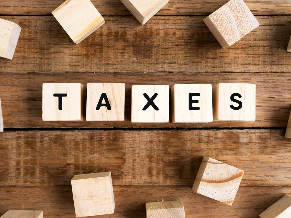 choosing-between-the-old-and-new-tax-slabs